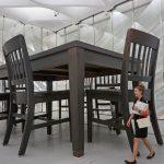 under the table 150x150 - Museos en Los Angeles