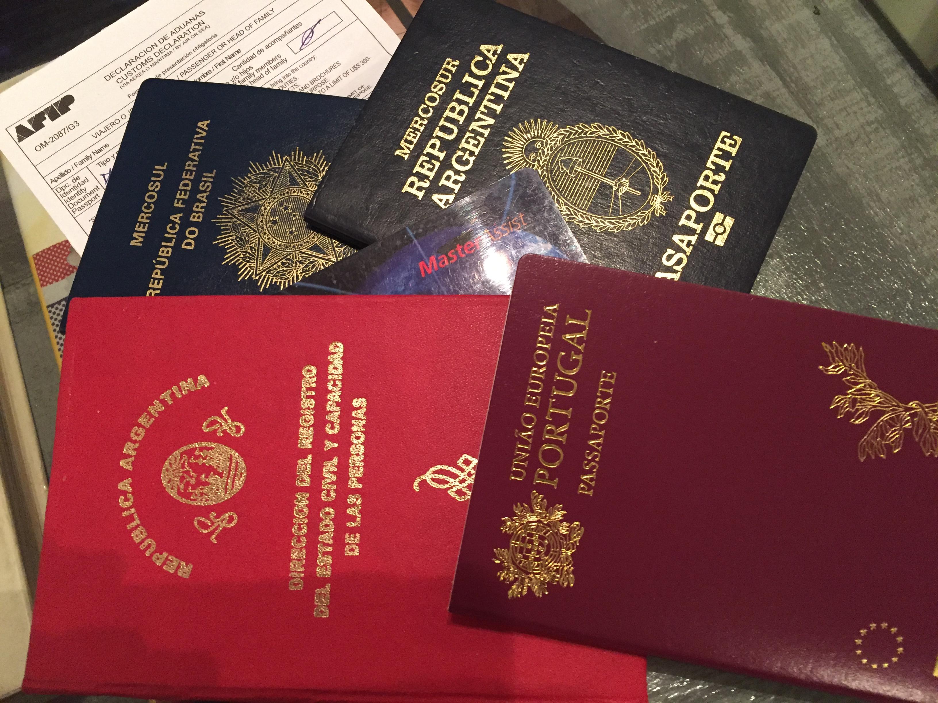 img 7517 - ¿Que documentos se necesitan para viajar al exterior?