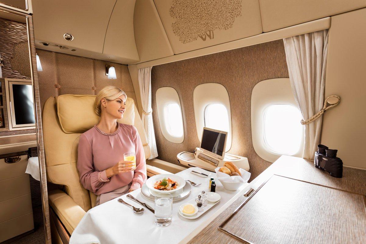DOrHF2 XUAA4PqX - Emirates inaugura cabina de Primera en sus nuevos Boeing 777 #GameChanger