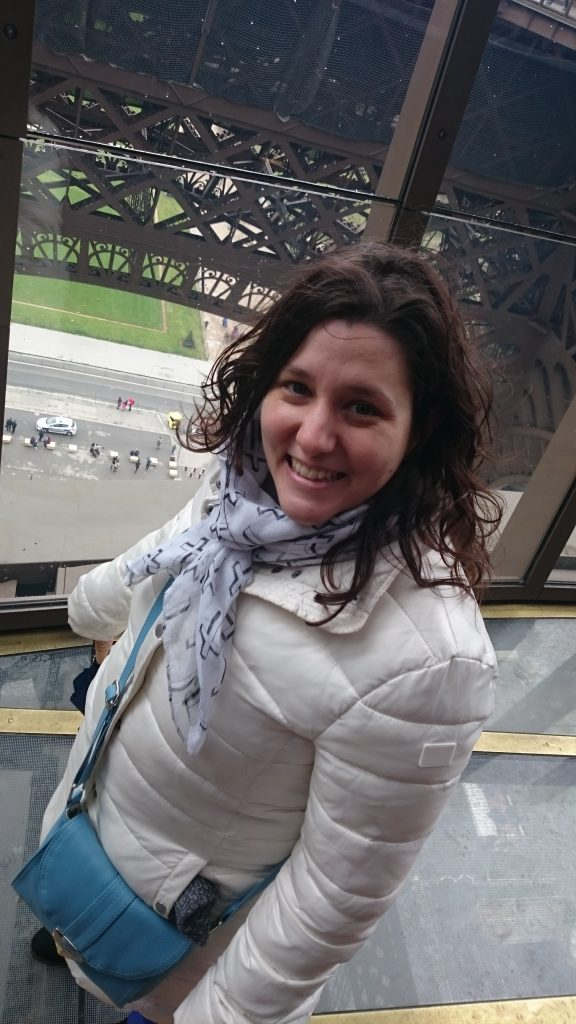 DSC 1952 e1512001639585 576x1024 - Visitando la Torre Eiffel en Paris