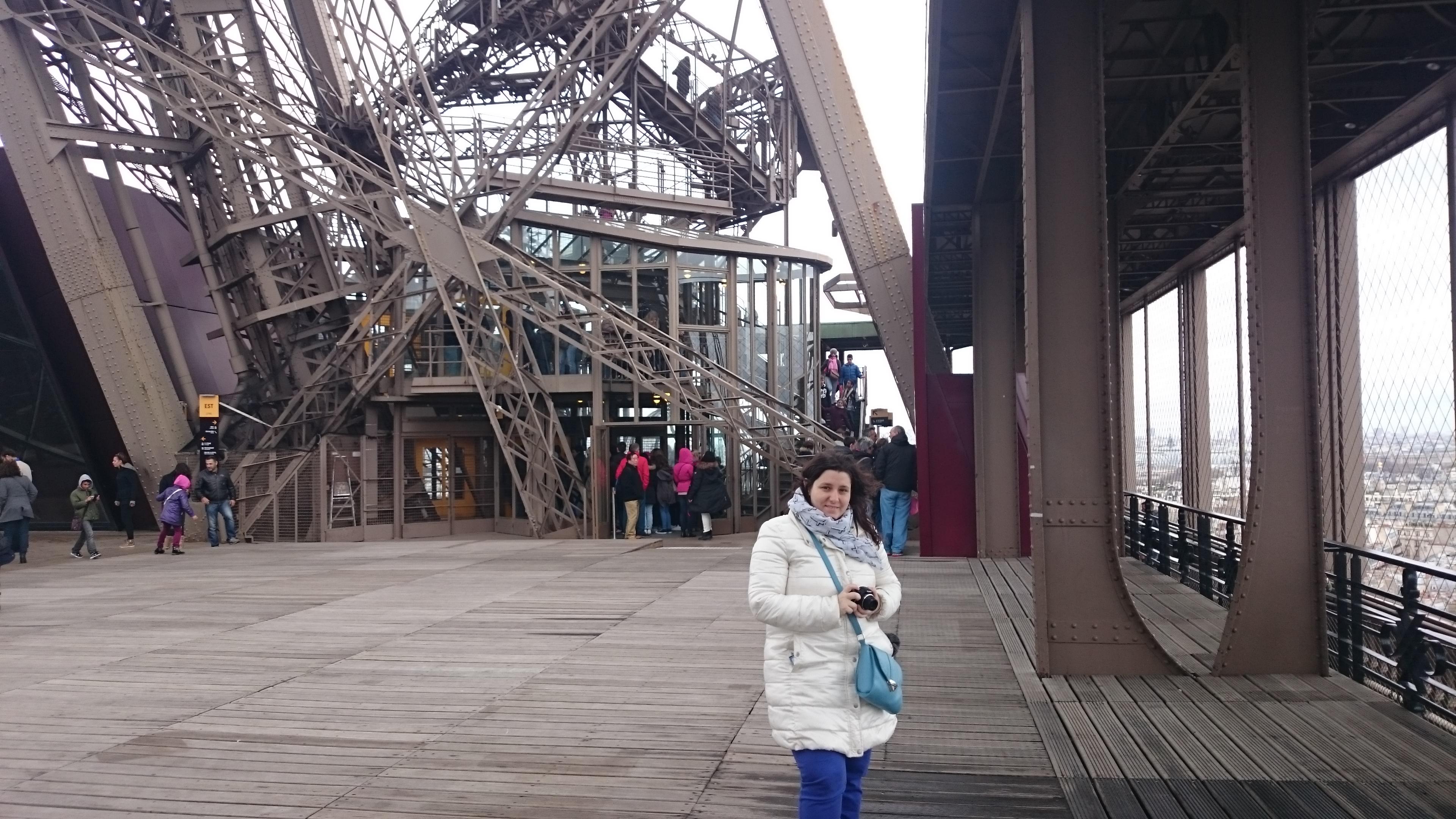 DSC 1965 - Visitando la Torre Eiffel en Paris
