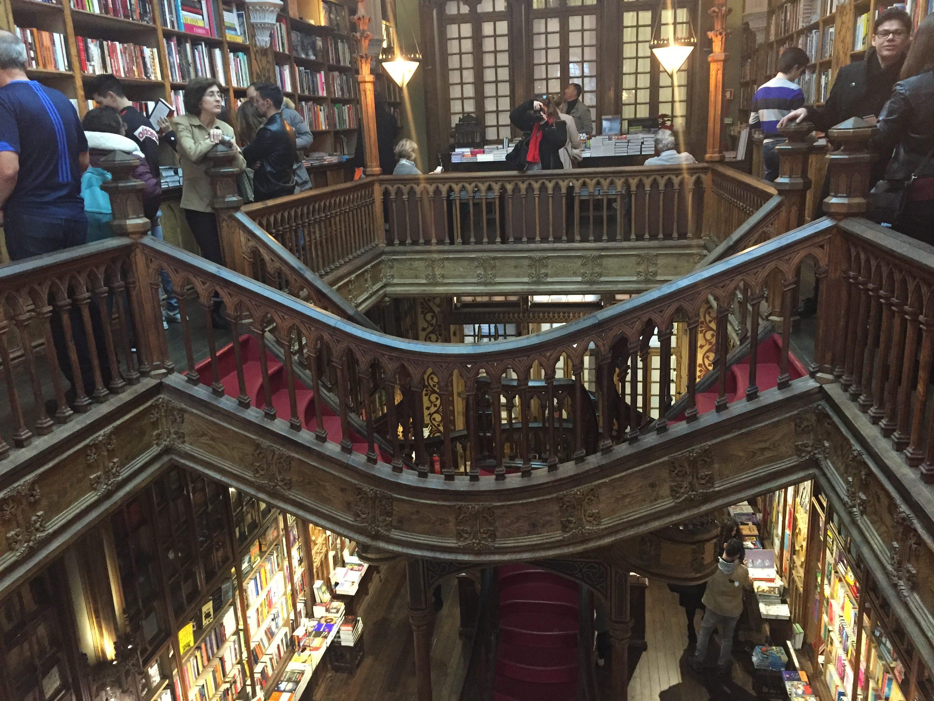 IMG 1638 e1518892914797 - Una visita a la Librería Lello en Porto (Portugal)