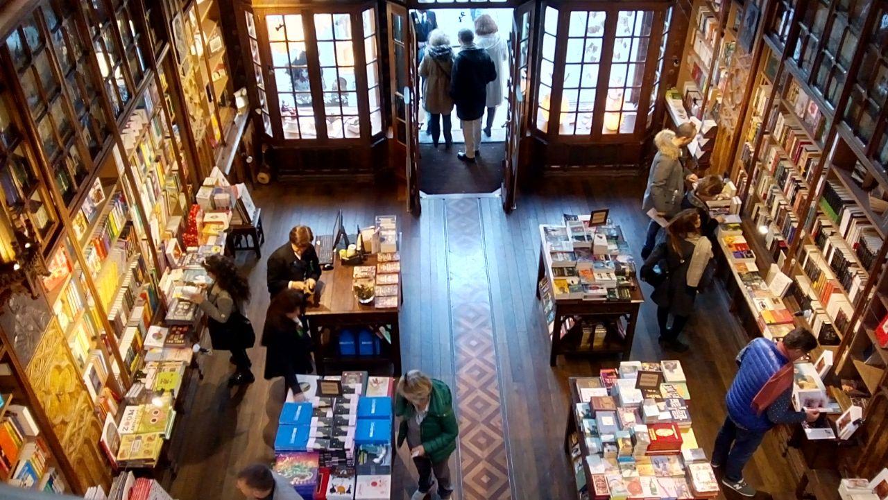 WhatsApp Image 2018 02 17 at 15.08.28 - Una visita a la Librería Lello en Porto (Portugal)