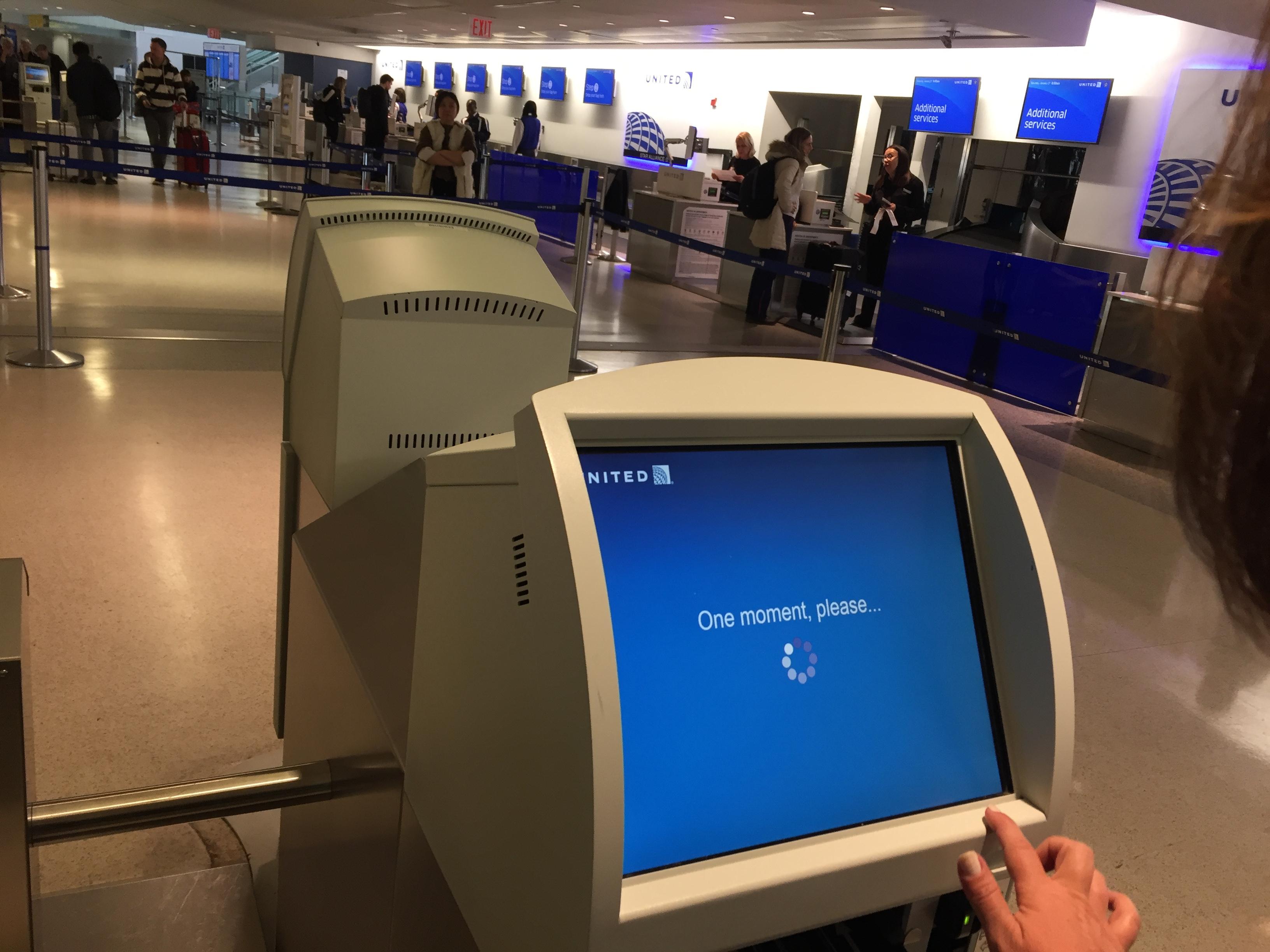 IMG 3573 - Haciendo el check in automático de United en Newark
