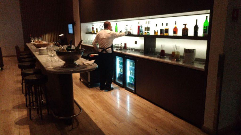 a406a7b8 ec96 4649 b451 f16a10124bcc 1024x576 - El Salon VIP de LATAM en el aeropuerto de Santiago de Chile (SCL)