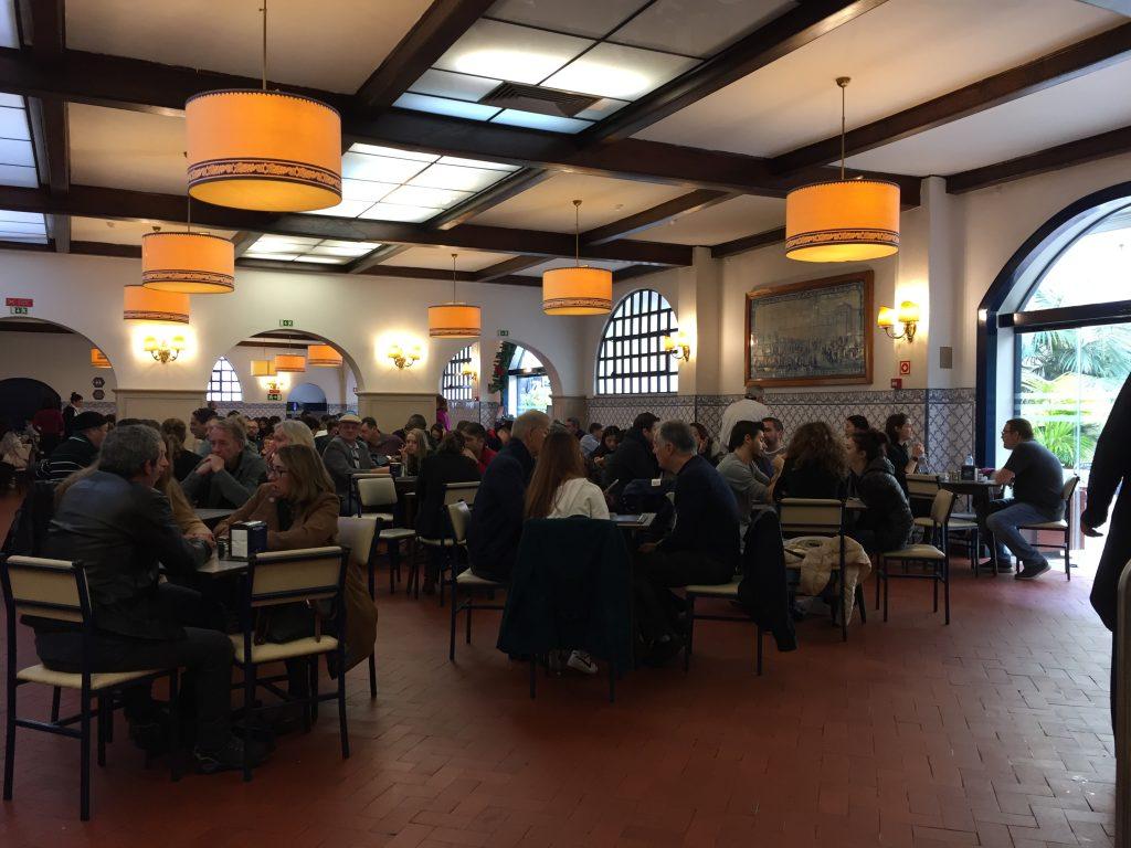 IMG 2159 e1526238099808 1024x768 - El Pastel de Belem vs El Traveseiro de Sintra. Duelo de delicias portugesas.