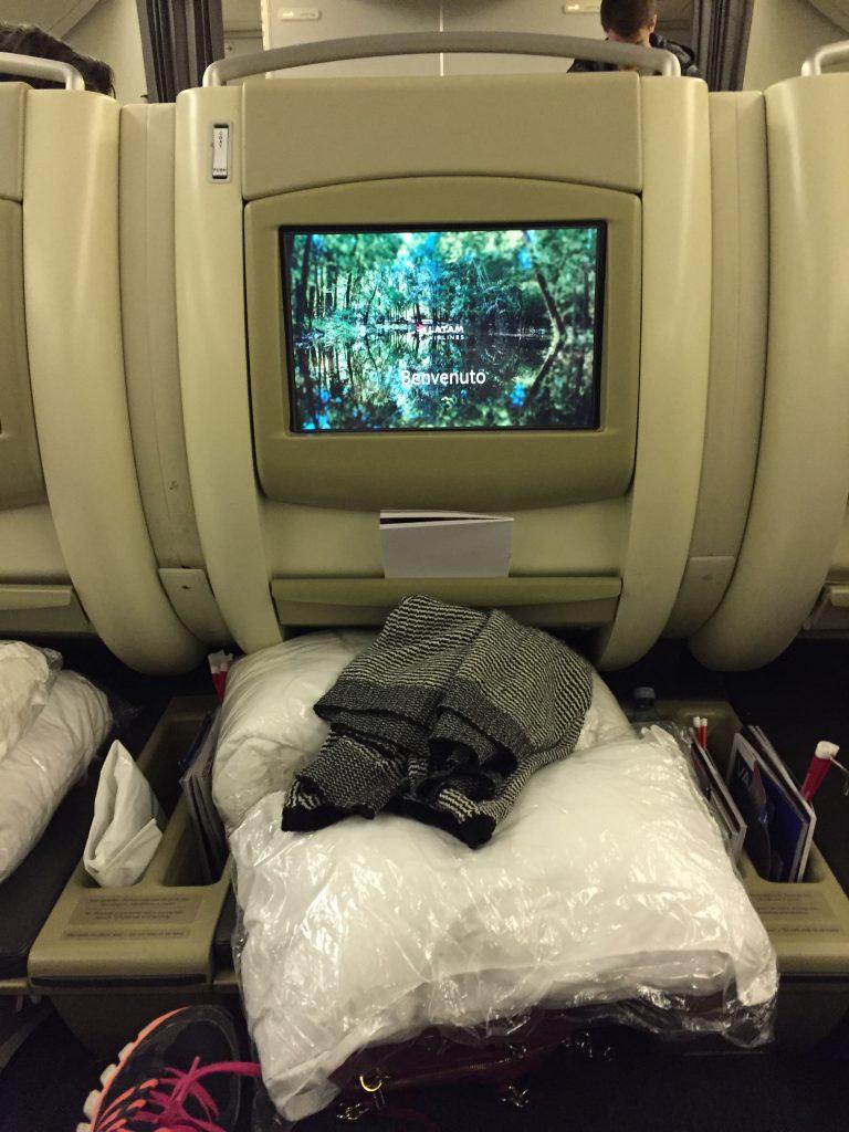 IMG 9995 e1530571410888 768x1024 - Volando de Buenos Aires a Londres via San Pablo en LATAM en Business Class II/II