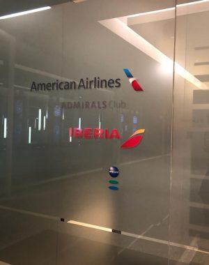 WhatsApp Image 2018 09 10 at 20.38.58 300x380 - El Salón VIP de American Airlines e Iberia en Ezeiza