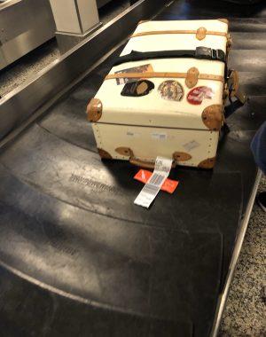 img 3833 300x380 - Las aerolineas americanas aumentan el precio por el equipaje despachado