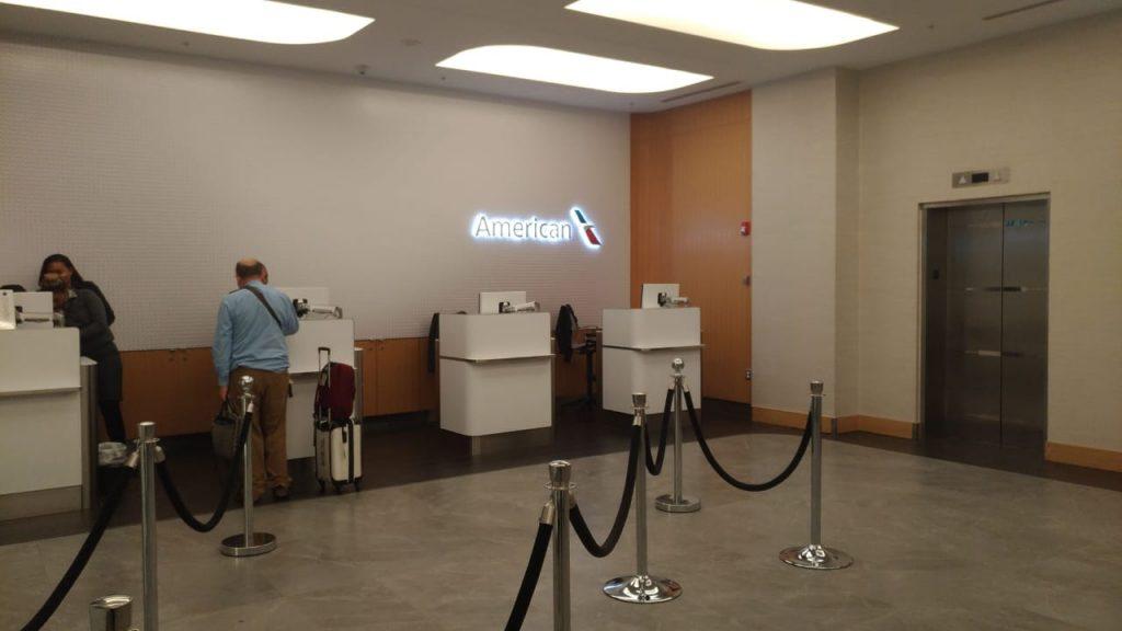 4a9e3ac7 f358 48b3 a522 c2b9cadba753 1024x576 - El Flagship Lounge de American Airlines en el aeropuerto de Miami