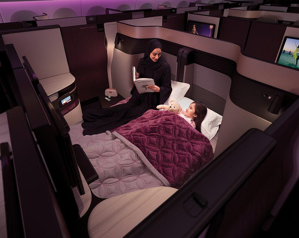 33189563041 44645d1262 b 1024x817 - Qatar lanza una nueva cabina con cama matrimonial en sus vuelos desde Buenos Aires