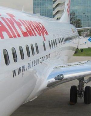 AIR EUROPA e1515521695804 1440x808 300x380 - IAG (dueña de British e Iberia) compra AirEuropa ¿Que esperar para Latinoamerica?